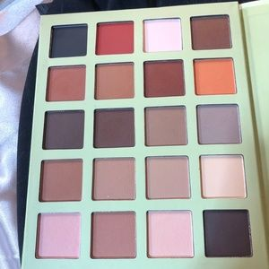 Pixi by Petra Ultimate Beauty Kit 5th Edition